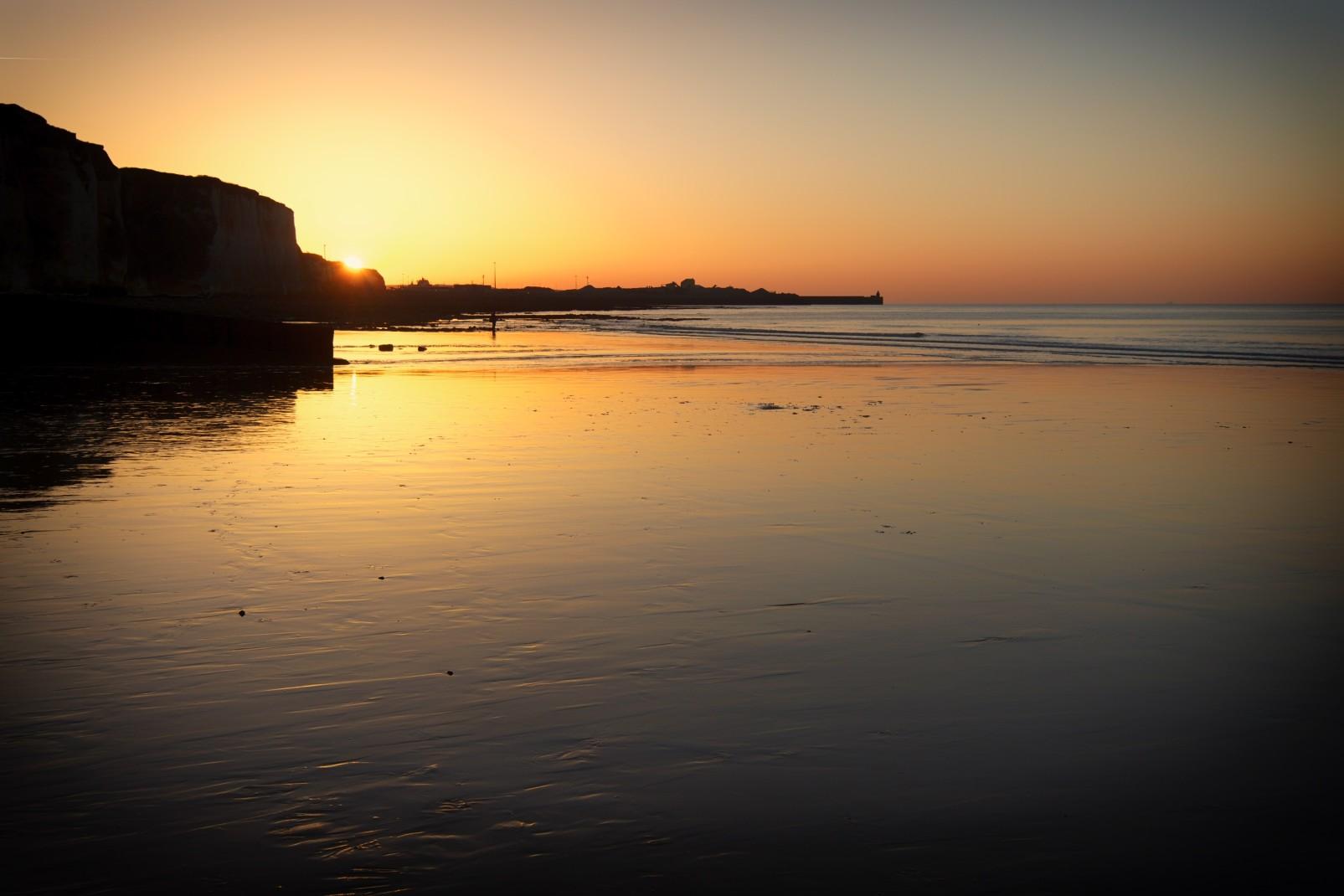 coucher-soleil-plage-normande